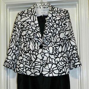 Suit Studio 2 Pc Dress and Jacket Black White
